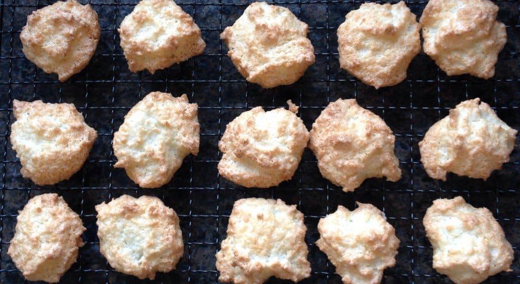 Simple three ingredient gluten-free 'macaroons'