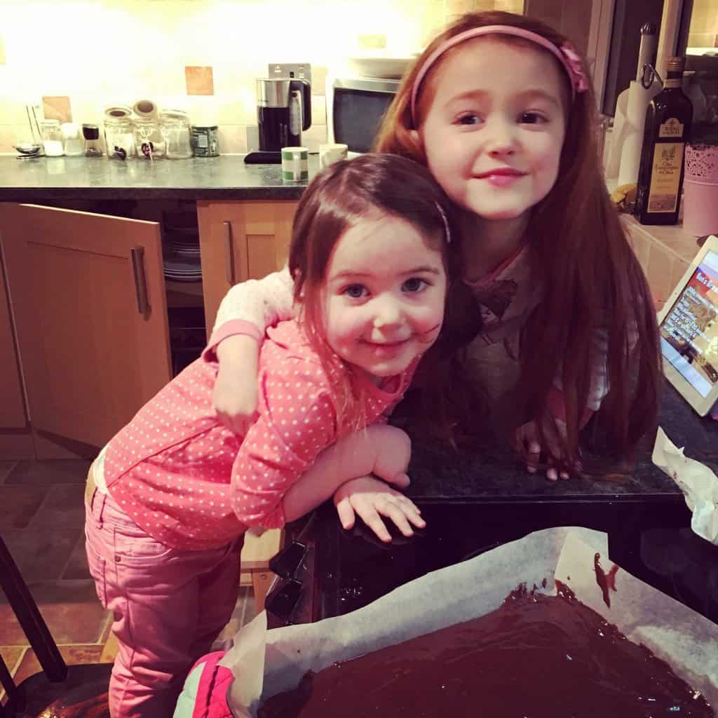 Thea and Ava with their brownies