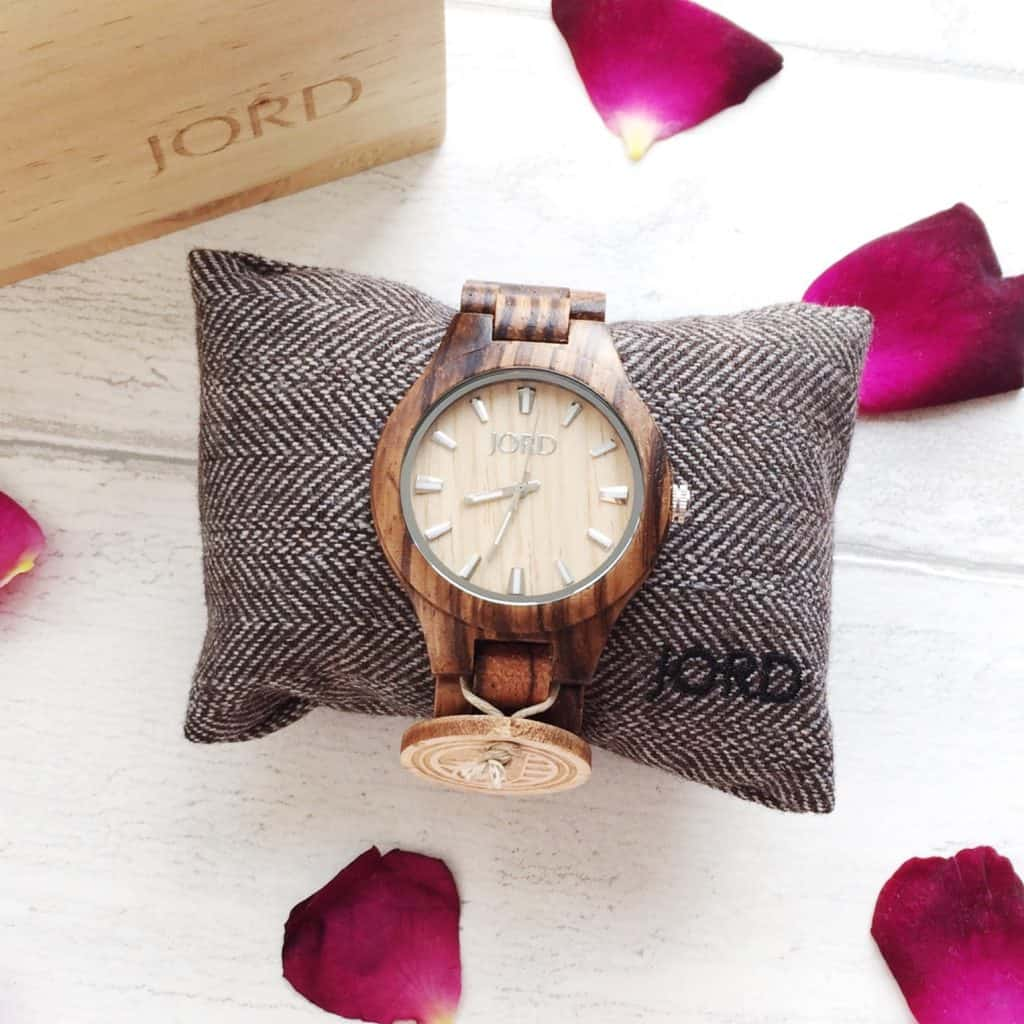 Review of the JORD Fieldcrest Zebrawood and Maple Wooden Wrist Watch