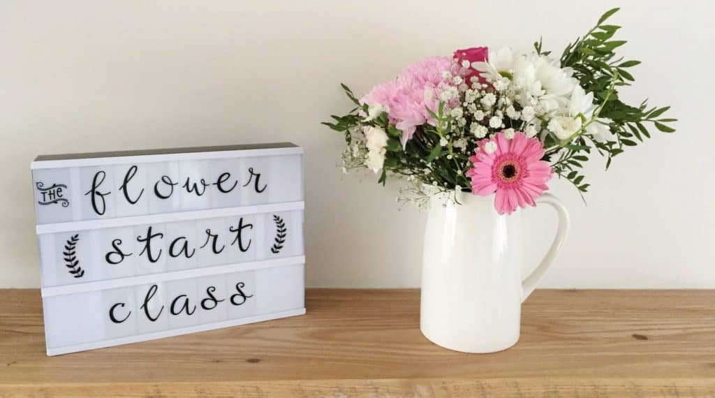 Learning How To Arrange Flowers Online with Flowerstart