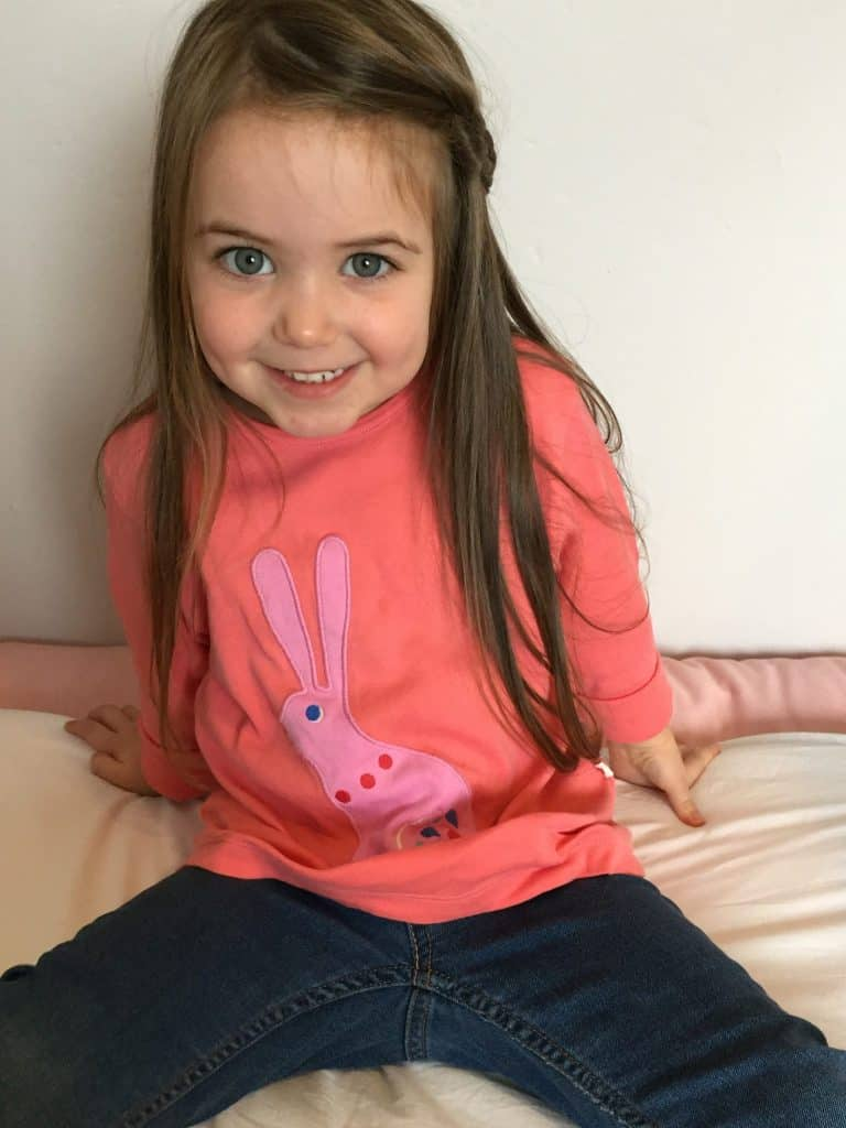 Bunny Applique t-shirt from Piccalilly Organic kids clothes