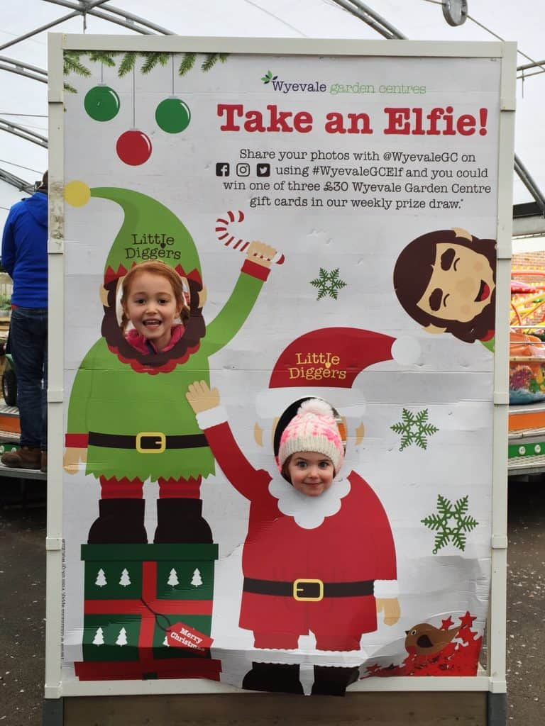 Taking a Elfie at the World's End Winter Wonderland