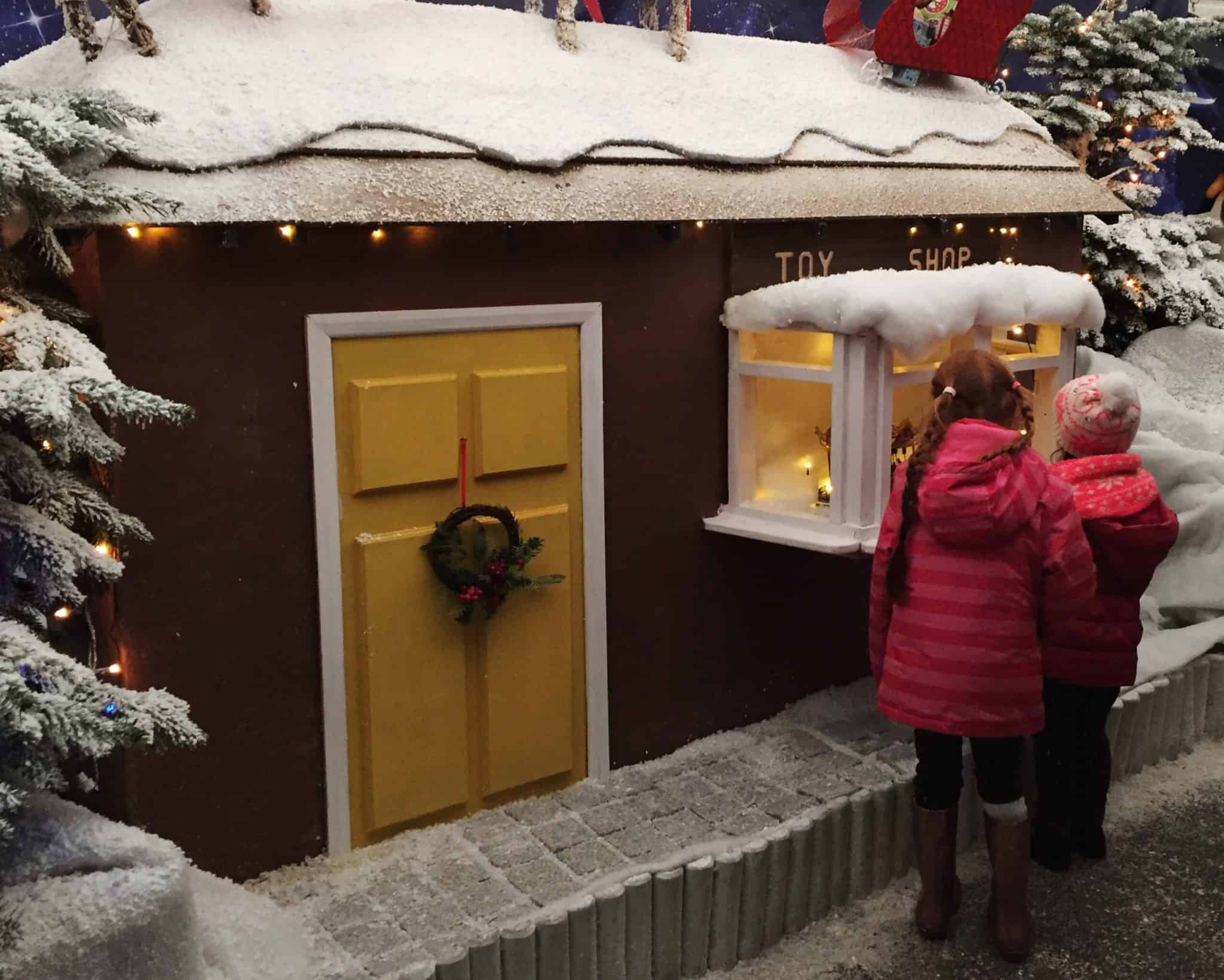 Peeping into the Toy Shop at the World's End Winter Wonderland