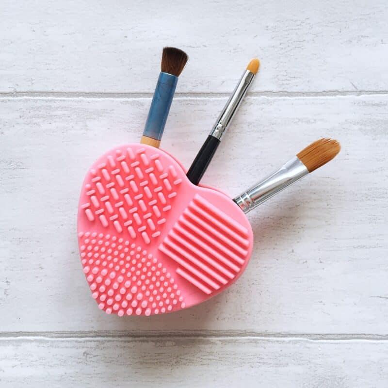 Pink heart brush cleaner