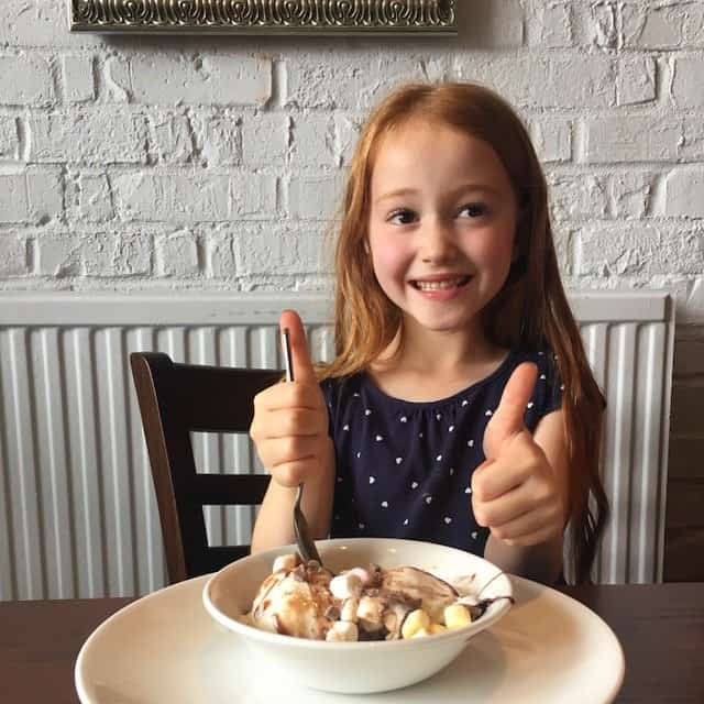 Thumbs up to dessert at The Giffard Park