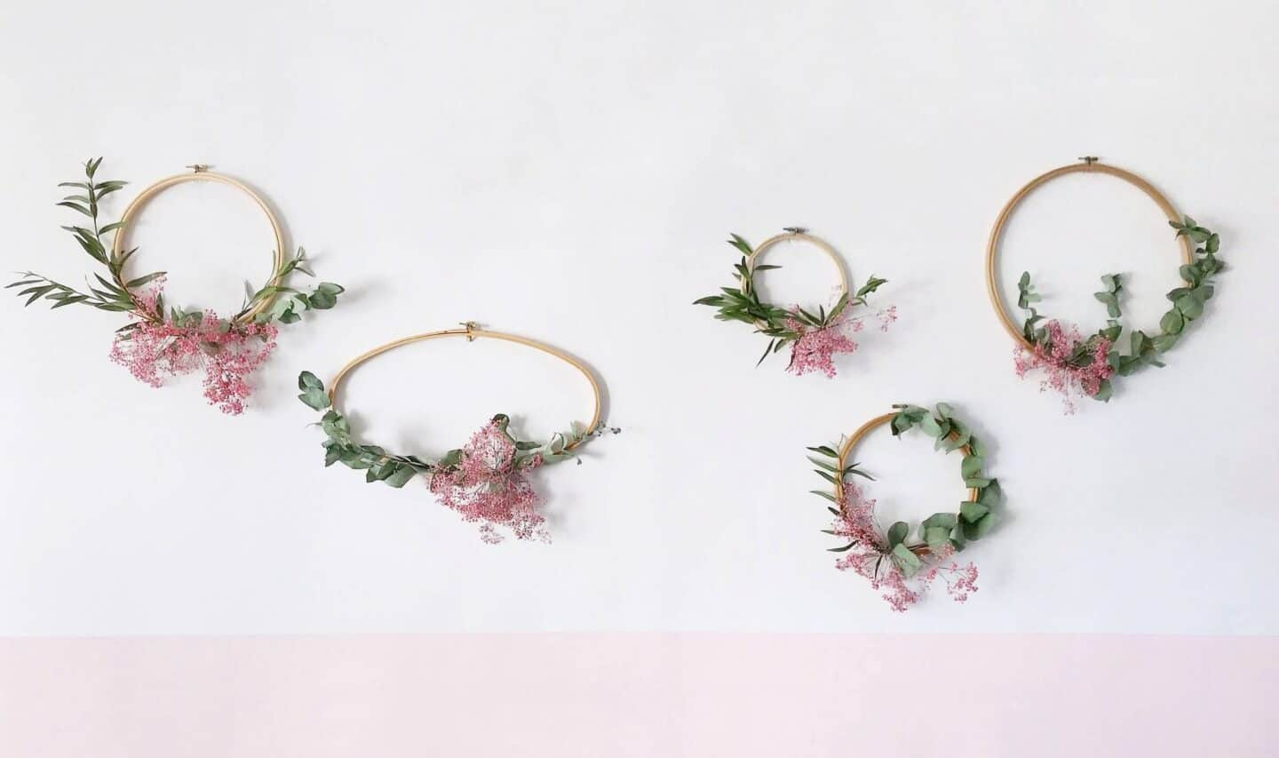 How To Make Winter Wreaths with Embroidery Hoops and Foliage