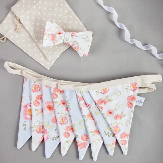 Unique Mother's Day gift ideas: Handmade Fabric Bunting