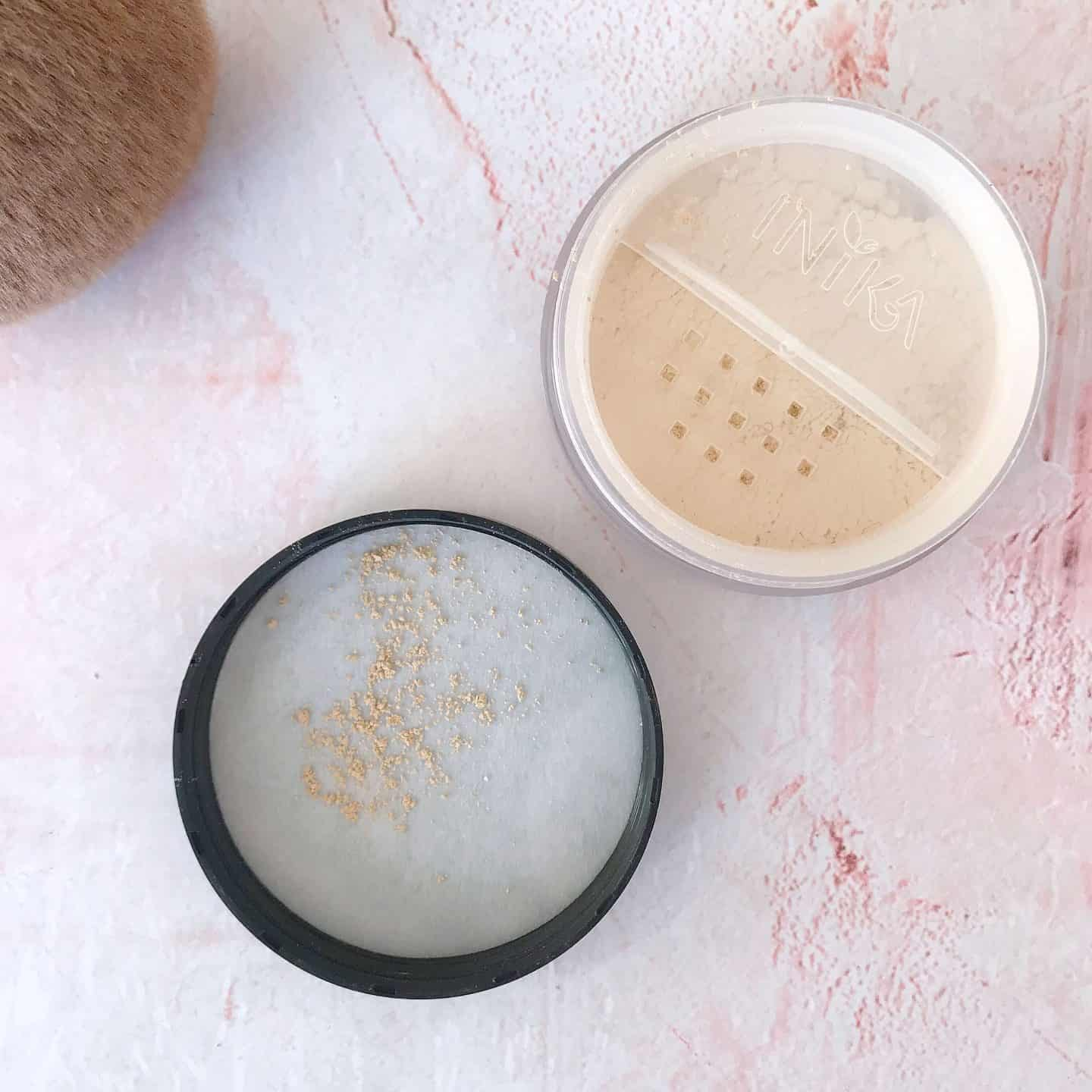 Inika Loose Mineral Foundation in Grace