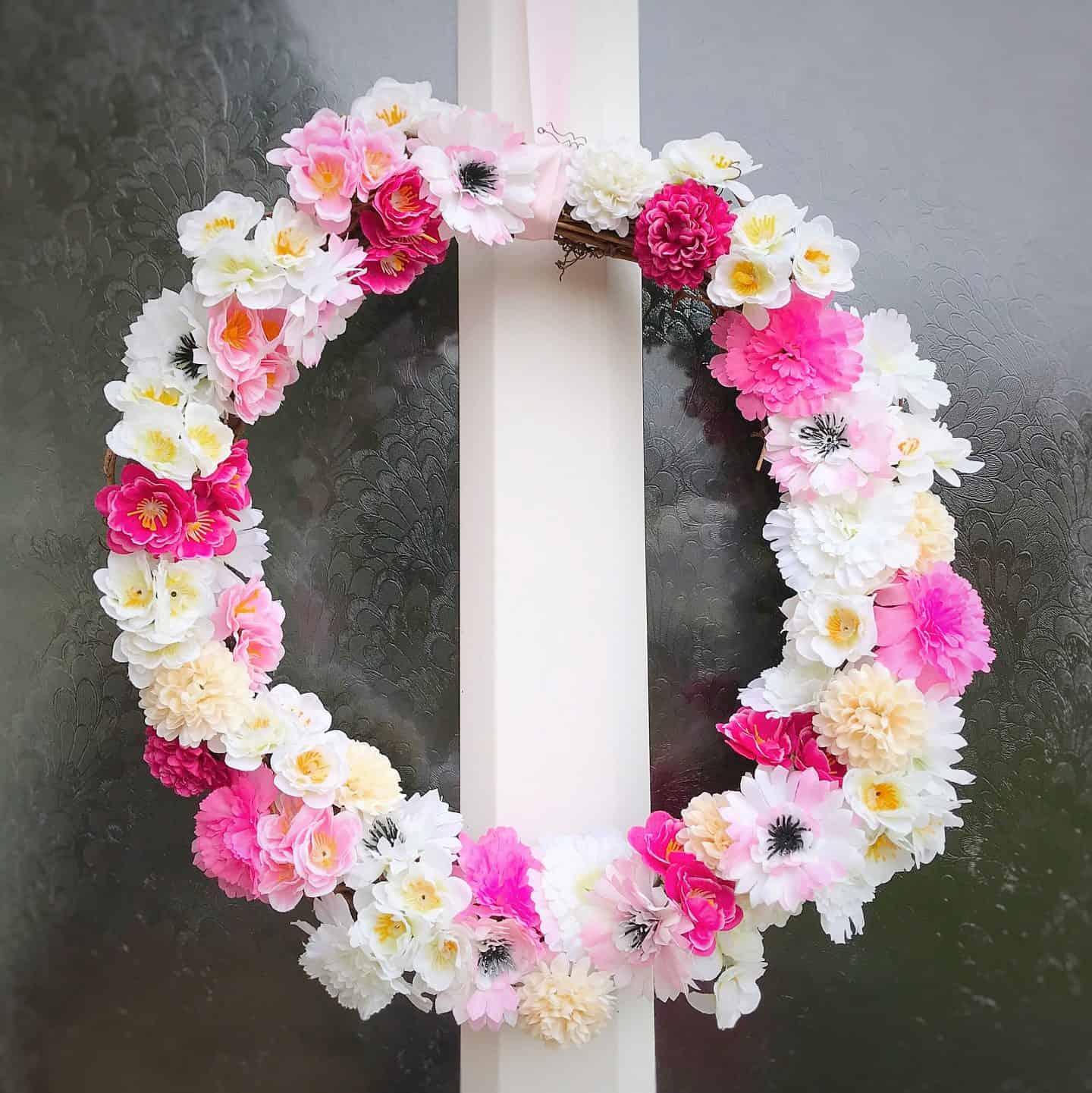 Easy spring wreath on a front door
