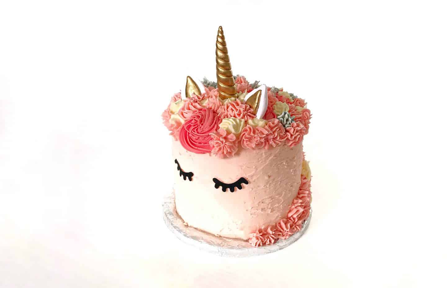 How to Make a Super Cute Rainbow Unicorn Cake