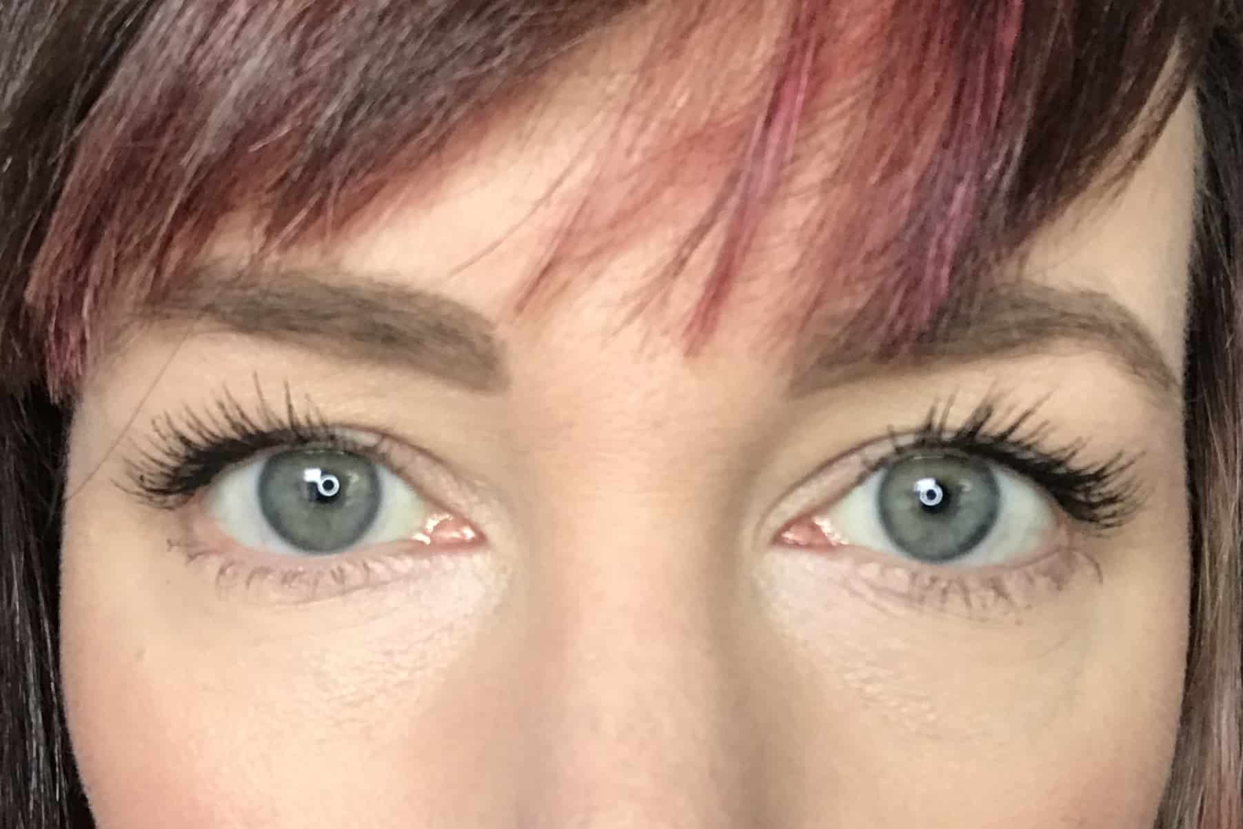 Two coats of Cosm'etika Mascara