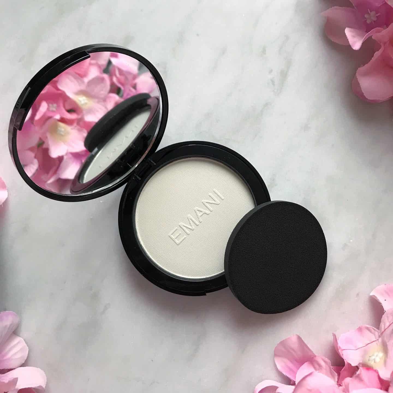 Review of Emani Vegan Cosmetics Mattifying Powder Bye Bye Shine