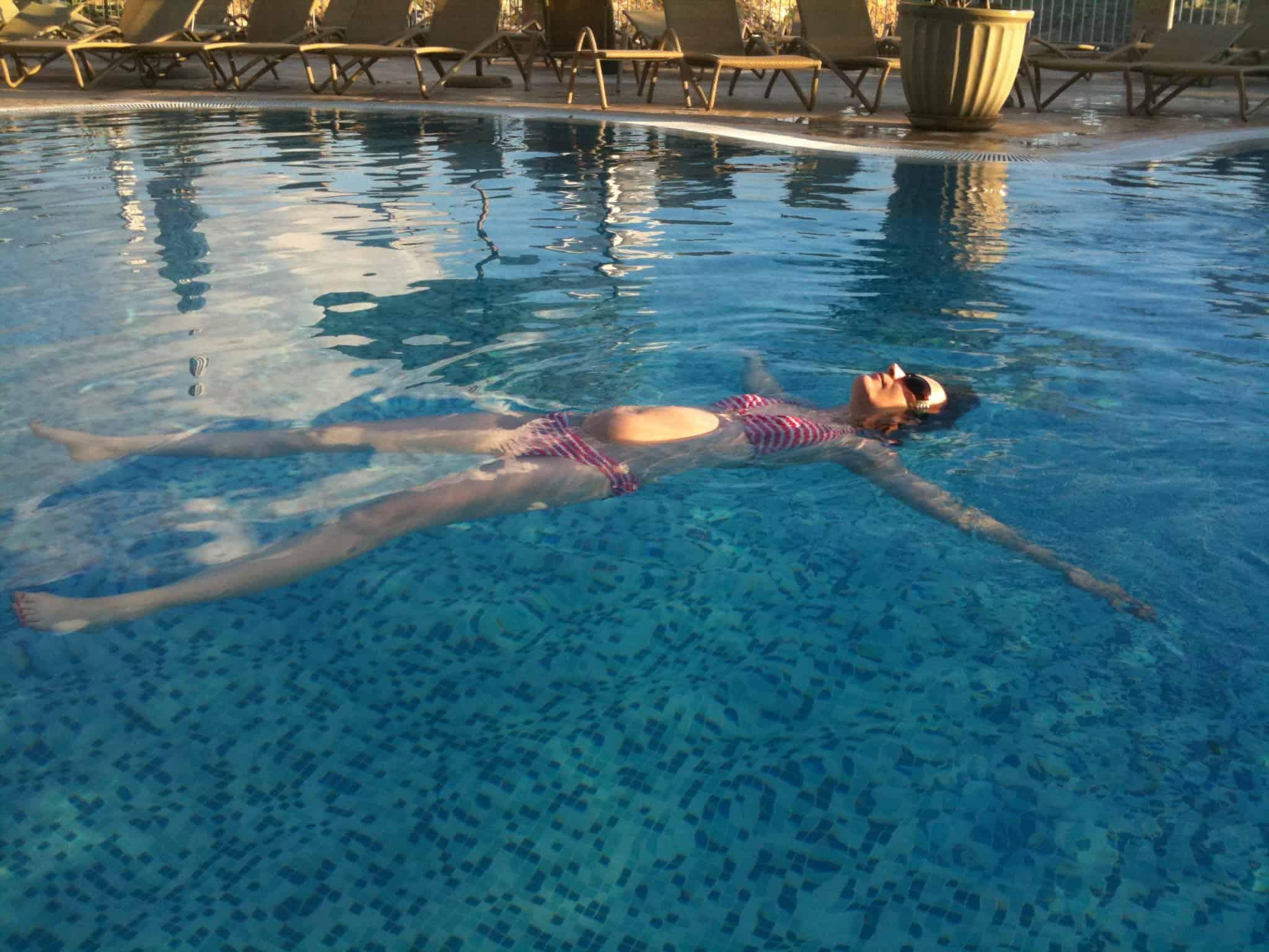 Wearing a bikini when pregnant