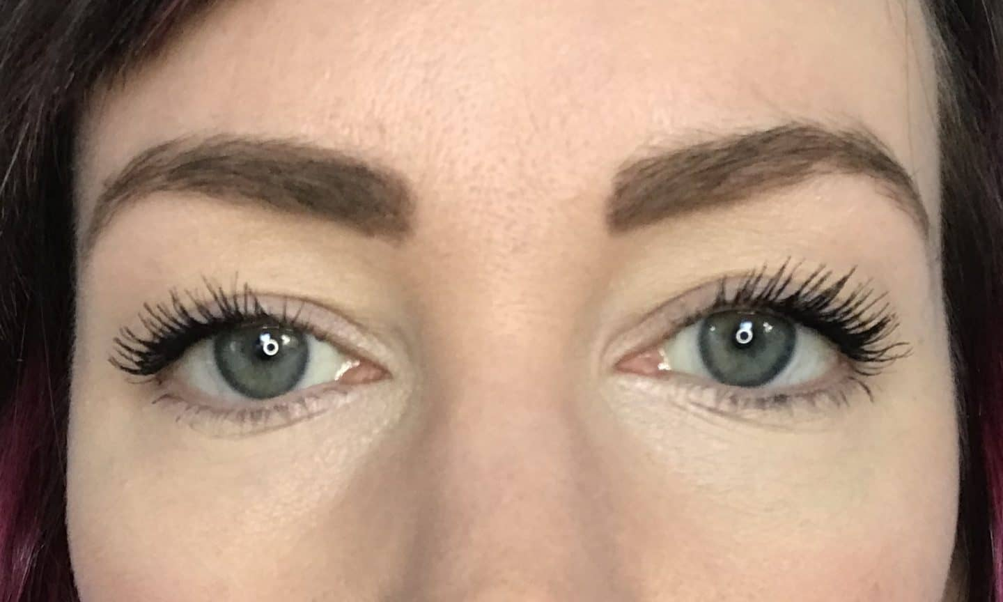 Hiro Mascara review: Wearing two coats of Hiro Mascara in Black