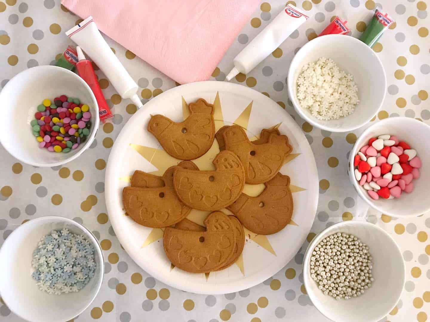 Gingerbread biscuits, icing and decorations