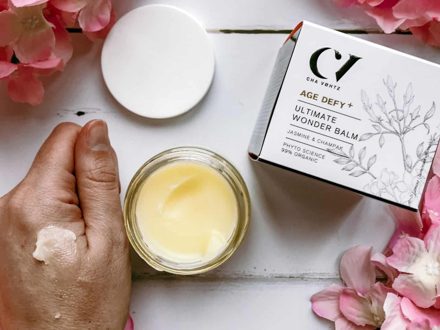 Organic Skincare for 35+ from Green People- Age Defy+ by Cha Vøhtz Ultimate Wonder Balm swatch